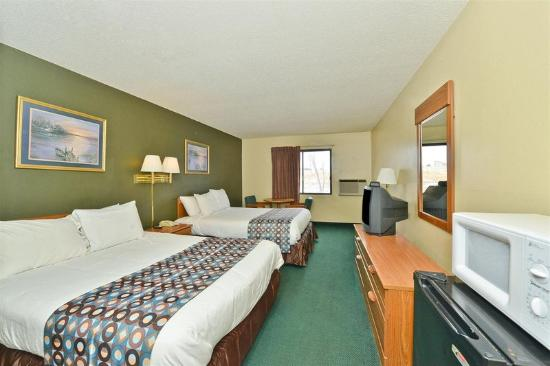 Motel 6 Troy: Guest Room