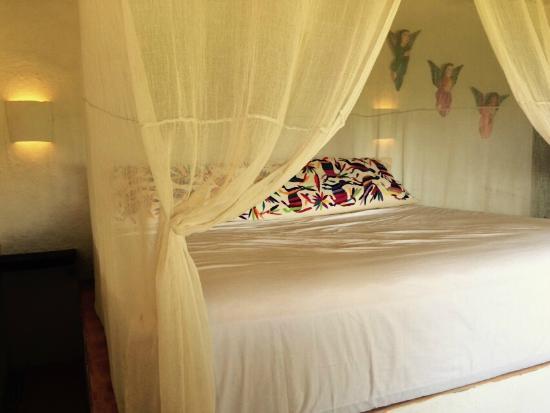 Las Almas Petit Hotel