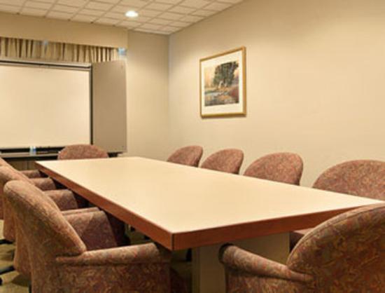 وينجيت باي ويندام - بيلوكسي: Boardroom