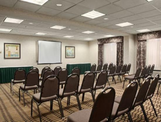Wingate by Wyndham Fayetteville/Fort Bragg: Meeting Room