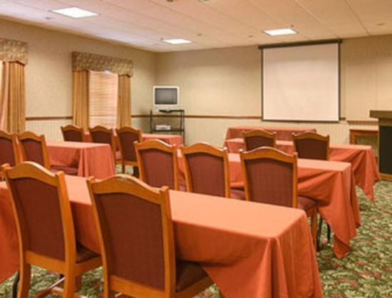 Wingate by Wyndham Columbus : Meeting Room