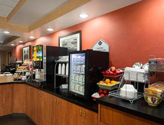 Wingate by Wyndham Columbia / Ft. Jackson: Breakfast Area