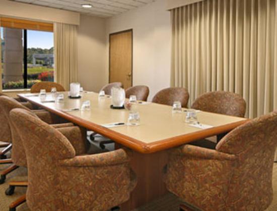 Wingate by Wyndham Mechanicsburg/Harrisburg West: Boardroom