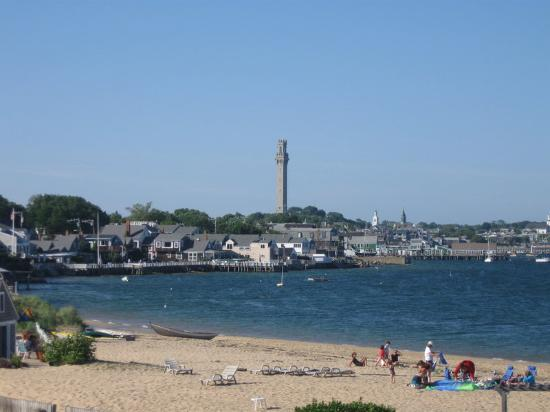 Provincetown Inn Resort & Conference Center: View Of Beach And Monument