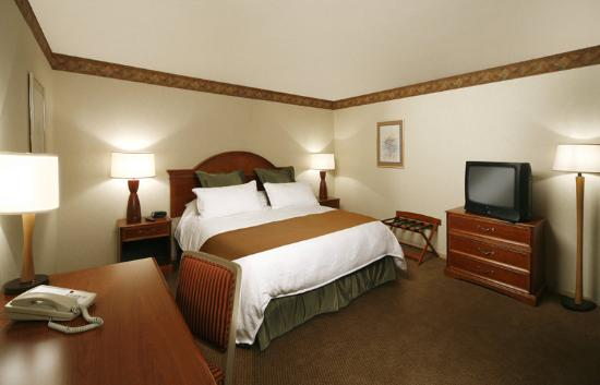 456 Embarcadero Inn & Suites: 2 Room Suite C