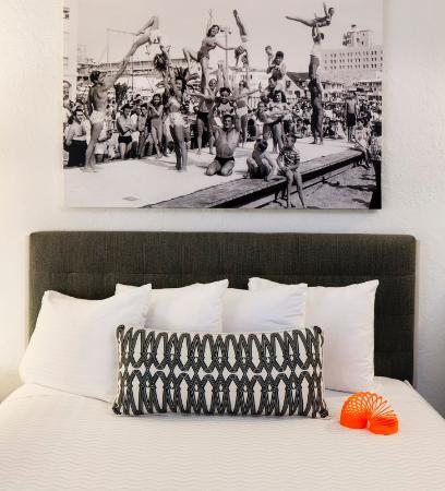 Inn at Venice Beach: Bed Close Up