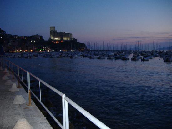 Castello di Lerici: castello dal mare