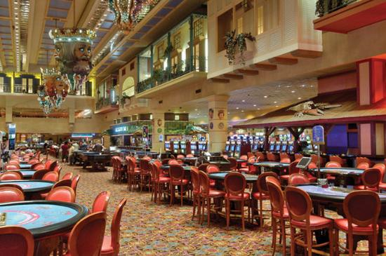 The Orleans Hotel & Casino: Table Games