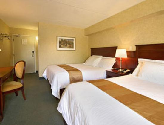 Days Inn Toronto West Mississauga : Standard Two Queen Bed Room