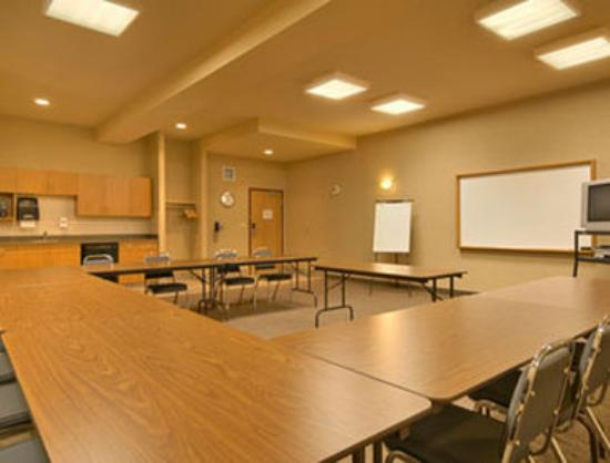 Canalta Rimbey: Meeting Room