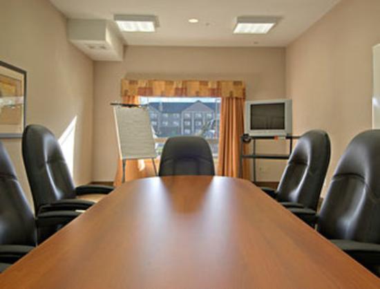 Ramada Brooks: Boardroom