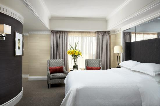 Sheraton Le Centre Montreal Hotel: Presidential Suite Guest Room