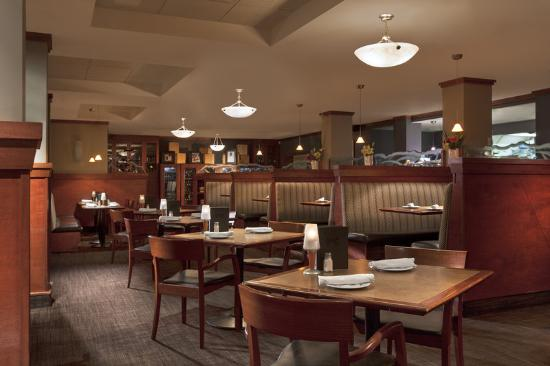 Four Points by Sheraton Kamloops: Rics Grill