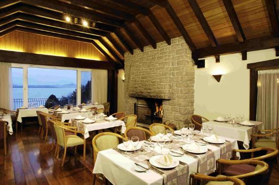 La Cascada Hotel: Restaurant