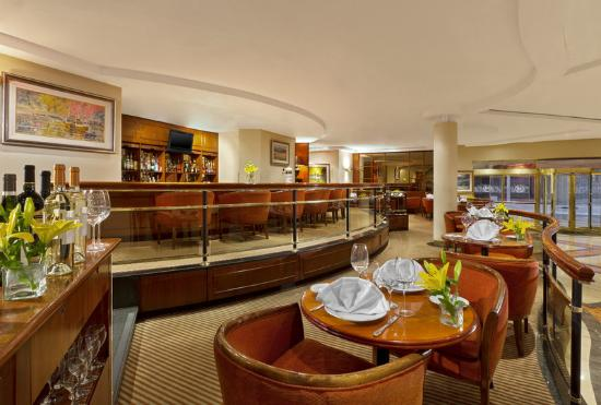 Sheraton Libertador Hotel: Maximilian Bar And Restaurant