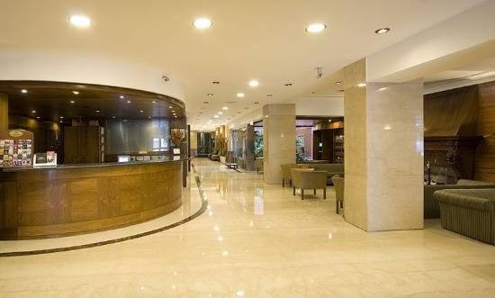 Lafayette Hotel: Lobby View