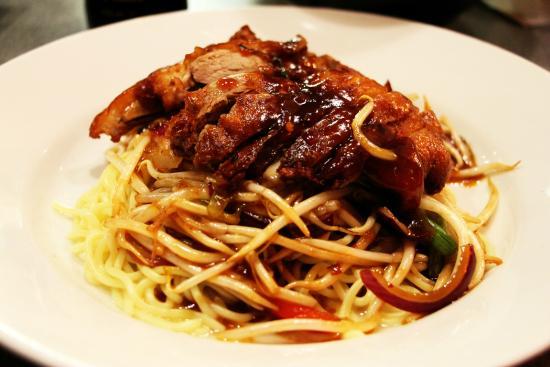 Little Tokyo: Crispy duck chilli noodle
