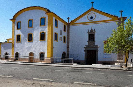 Igreja e antigo Convento de Sao Francisco