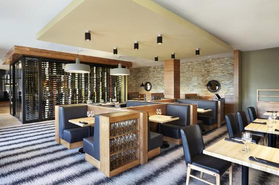 Four Points by Sheraton Kelowna Airport: Lounge