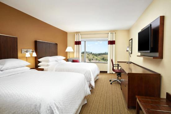 Four Points by Sheraton Kelowna Airport: Traditional Room