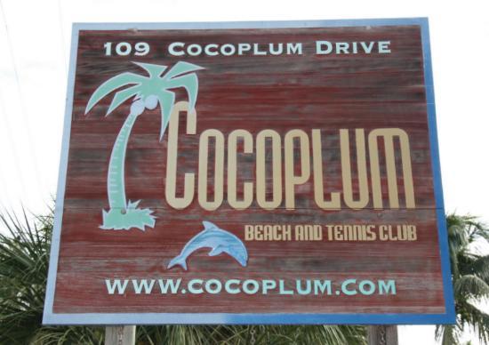 Cocoplum Beach & Tennis Club & Marina: Cocoplum Front Sign 2014