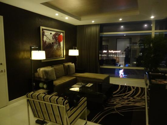 39th Floor City View Penthouse Suite Bathroom - Picture of ARIA ...