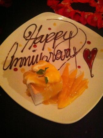 Ninyo Fusion Cuisine: pro: complimentary anniversary cake
