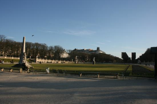 Paris, Frankrike: Looking south from the centre of the park