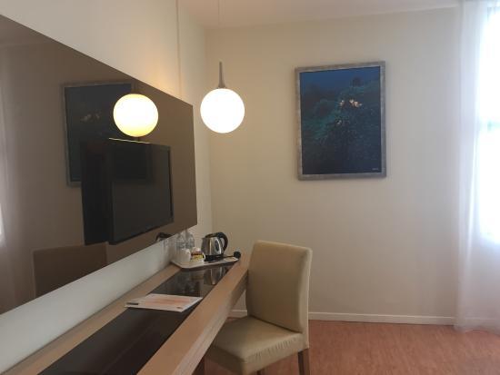 Oceania Hotel: 部屋