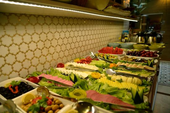 Sultans Royal Hotel: BREAKFAST
