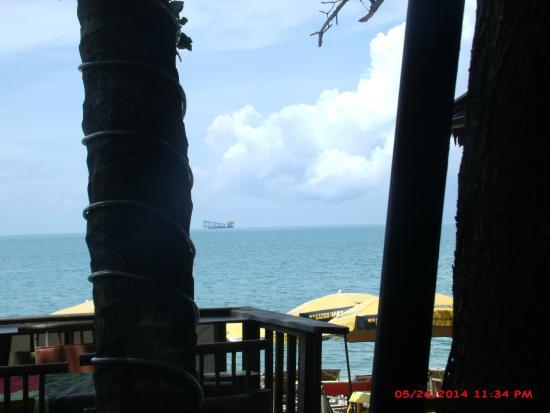 Bikini Bar BQ Restaurant: ocean view