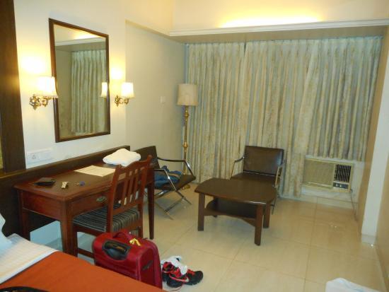 Avion Hotel : room