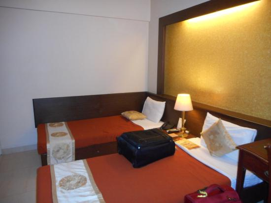 Avion Hotel : Bed