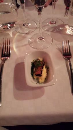 La Petite, Restaurant Francais: Amuse, blackened salmon
