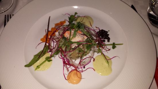 La Petite, Restaurant Francais: Tartar of crab and halibut