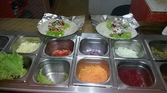 Tchê Kebab: Buffet de opções