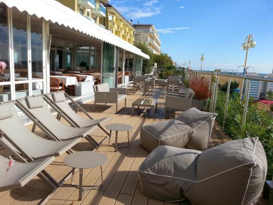 Hotel Vidi Miramare & Delfino: Terrasse