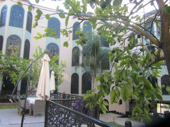 Palais Ommeyad Suites & Spa : View from the courtyard