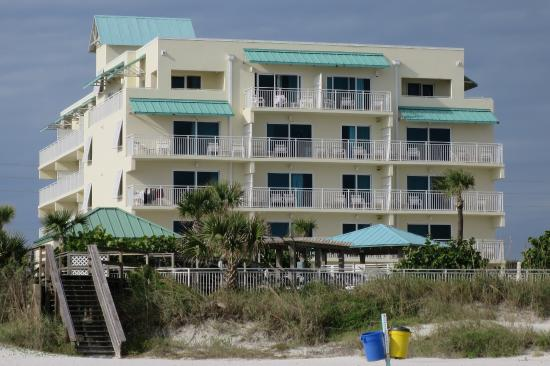 Coconut Palms Beach Resort 1: I that 2nd floor, far left