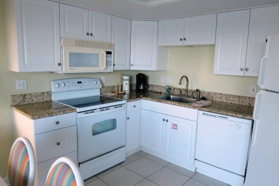 Nicely Done Kitchen Picture Of Coconut Palms Beach Resort 1 New Smyrna Beach Tripadvisor