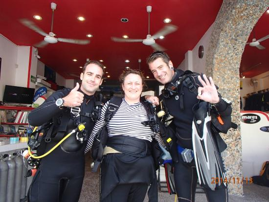 Scuba Playa Dive Shop : passing my open water certification