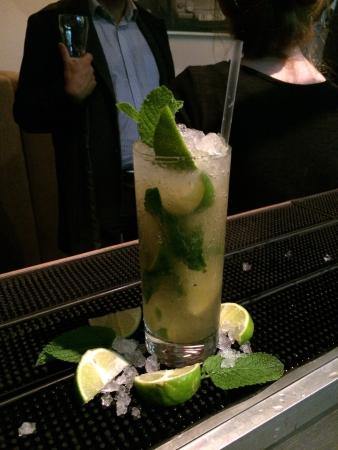 Smith's Bar and Grill: 2 for 1 Mojito