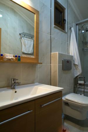 Sultans Royal Hotel: Bathroom