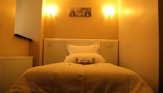 Alfonso hotel taksim istanbul turkiet omd men och for Alphonse hotel istanbul
