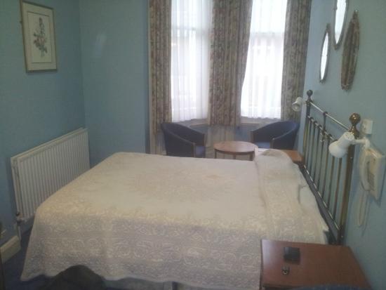 Merlyn Court Hotel: suíte no primeiro andar - Térreo (room 04)