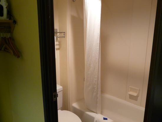 BEST WESTERN PLUS Tempe by the Mall: Bathroom