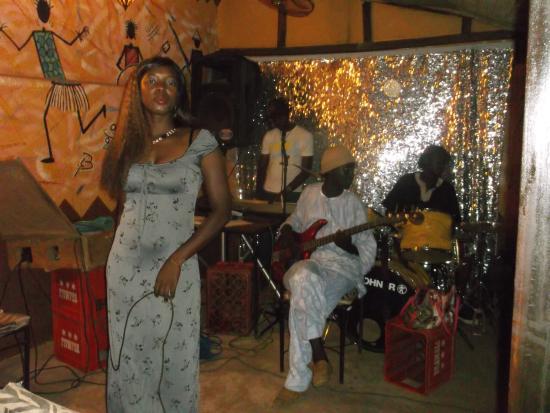 Le Savana: Orchestre du Jeudi