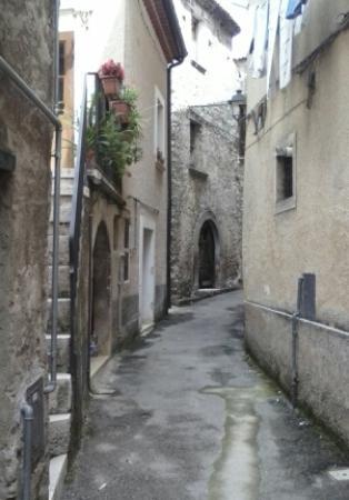 Teggiano, อิตาลี: strade del centro