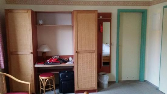 Hotel Ostseeland: Kleiderschrank
