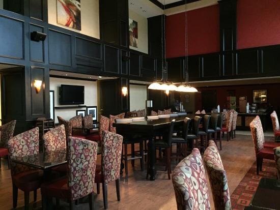 Hampton Inn & Suites Waco South: Dining area where breakfast is served in the morning.